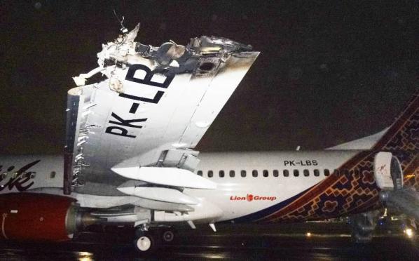 ATR-B738 colision