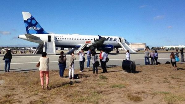 Jetblue A320 engine fire due to the fatigue fracture of a